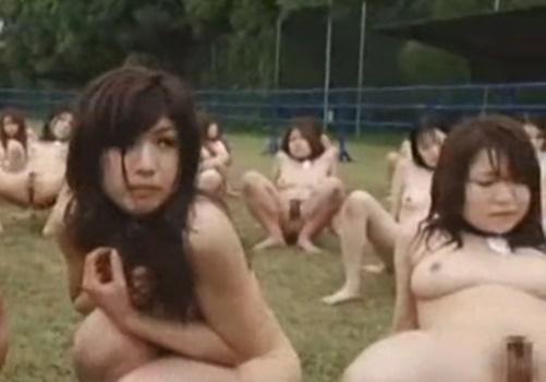 全裸ファームとかいう人権完全無視のメス奴隷牧場がこちら・・・Part2