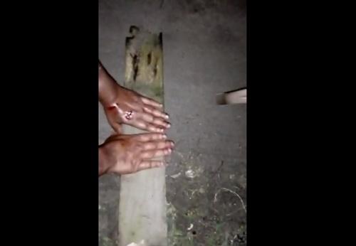 【閲覧注意】窃盗の罪を犯した女さん、ハンマーで手をブッ叩かれて号泣wwww