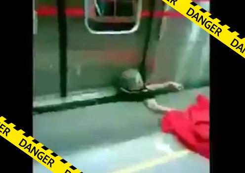 【グロ動画】電車が来るタイミングを見計らって飛び込み自殺⇒失敗してしまった結果・・※閲覧注意