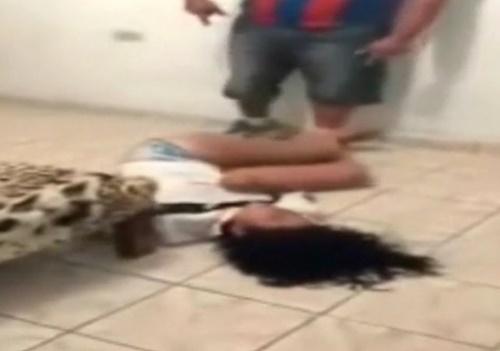 ナイトクラブで踊り狂う妻の動画を見てブチ切れたDV夫、妻をボコボコにしてしまうwww