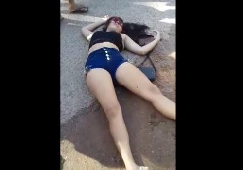 【閲覧注意】ムチムチボディーのショーパンギャルが頭を撃ち抜かれて死亡・・・