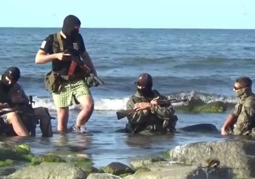 【衝撃映像】訓練中の特殊部隊、銃を誤射してしまった結果・・・