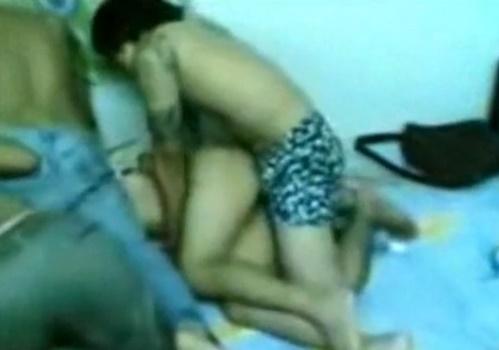 【閲覧注意】泥酔した女を押さえつけて犯す本物集団レイプ映像がこちら・・・