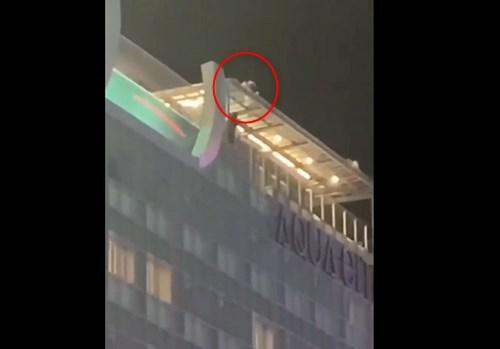 沖縄のホテルの屋上から飛び降り自殺。近くにいた人が撮影した映像がこちら・・・