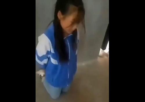 【いじめ】美少女小学生、可愛さを妬んだクラスメイトにボコボコにされる