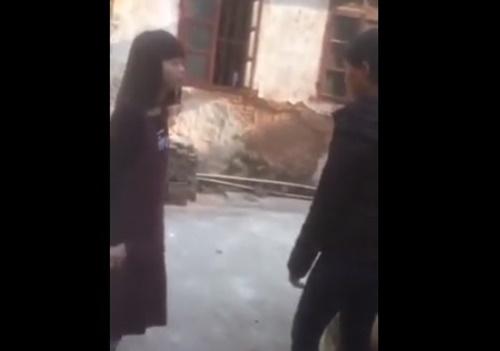 女子生徒の服を脱がすイジメ動画、また見つかってしまう