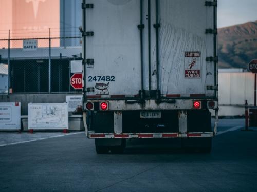 【閲覧注意】チャリカス「トラックの方が止まりよるやろ...」→ 結果・・・(動画あり)
