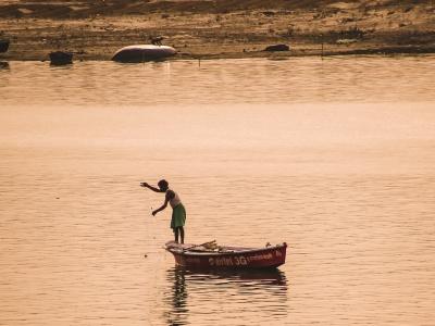 【閲覧注意】コロナで25万人を超える死者が出ているインドのガンジス川、とんでもない事になっていた(動画あり)