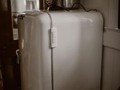 【閲覧注意】通行人「冷蔵庫にこんなモノが入ってたんだが・・・」(動画あり)
