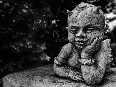 """【超閲覧注意】""""悪魔の子"""" と呼ばれた赤ちゃんの映像がこちら・・・・・・"""