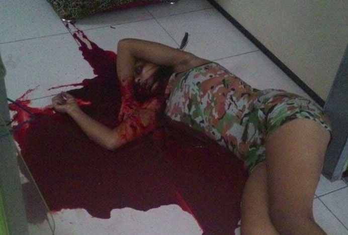 【閲覧注意】DV夫に殺害された若妻の血塗れ犯行現場画像、無修正で流出してしまう