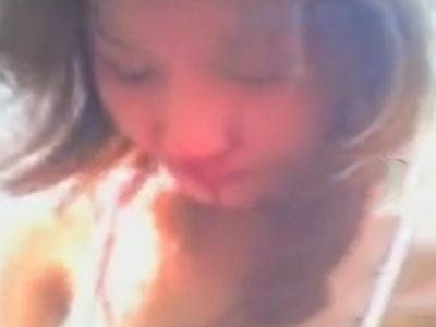 裸の女子生徒がイジメられて血まみれになってるこの動画ってひどすぎるよな・・・