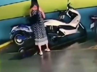 【衝撃】元カノ、振られた彼氏に復讐しようとした結果・・・(動画あり)