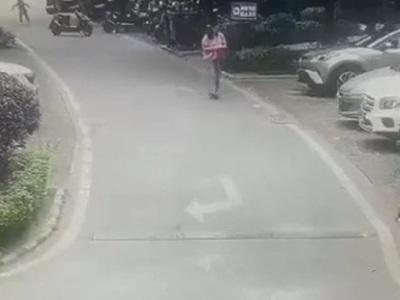 【閲覧注意】女さん、まったく前を見ずに車を発進させてしまう・・・(動画あり)