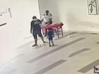 【地獄】子連れDQN、口論になった警備員をぶっ殺してしまい焦る(動画あり)